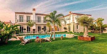 *Alaçatı Casa Bella Hotel*
